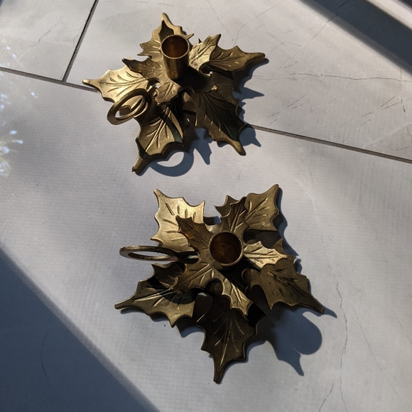 Brass leaf candle holders (set of 2)